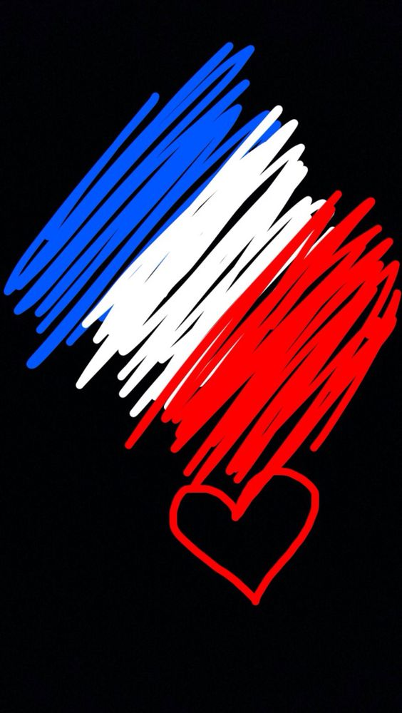 reverdavoirdesreves: PRAYING FOR PARIS