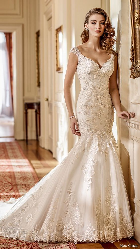 Mon Cheri's Fall 2017 bridal collection is the stuff of fairy tale