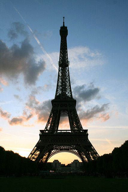 See These Beautiful Eiffel Tower Emoji Just On Travelarize Com Paris Eiffel Tower Eiffel Tower Tour Eiffel