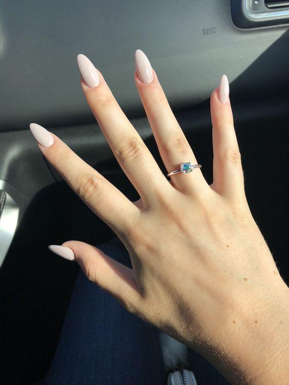 Acrylic Almond Nails Short Almond Nails Long Almond Nails 2019 Natural Almond Nails Matte Almond Nail Desig Winter Nails Almond Acrylic Nails Elegant Nails