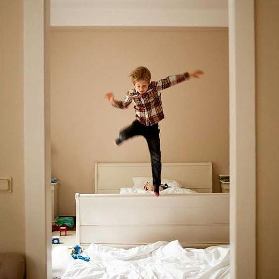 Good moooooorning! We're off on another venture today and ready to roll! #morninglight #familytime #jumpoutofbed #readyforaction #familytravel #familytraveller by sarahwinbornphotography