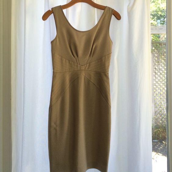 Rachel Zoe Diamond-Inset Sheath Dress Size 0 Stunning Rachel Zoe diamond-inset sheath dress in size 0. The dress zips in the back. Rachel Zoe Dresses
