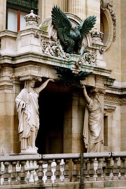 L'architecture de Paris.détail du Palais Garnier (Opéra) Place de l'Opéra dans le 9ème arrondissement