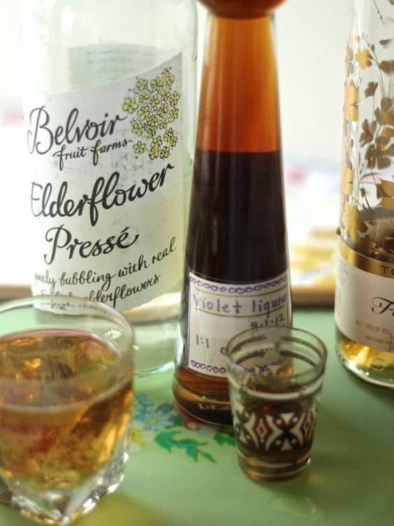 Homemade Violet Elixir Recipe on Dandelion Revolution Blog