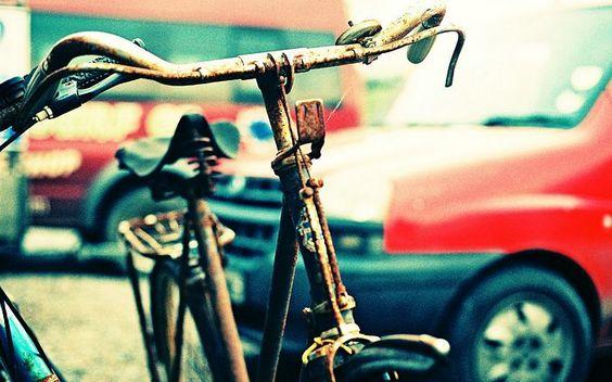 rusty bike: