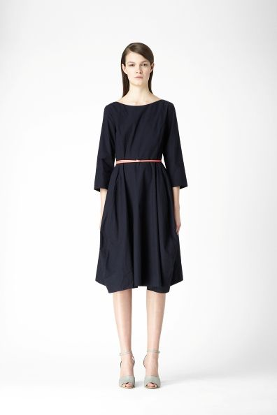 COS A-line panel cotton dress in indigo (3/4 length sleeves, length: 103 cm, 100% cotton | machine washable, €89.00) #COS #dress