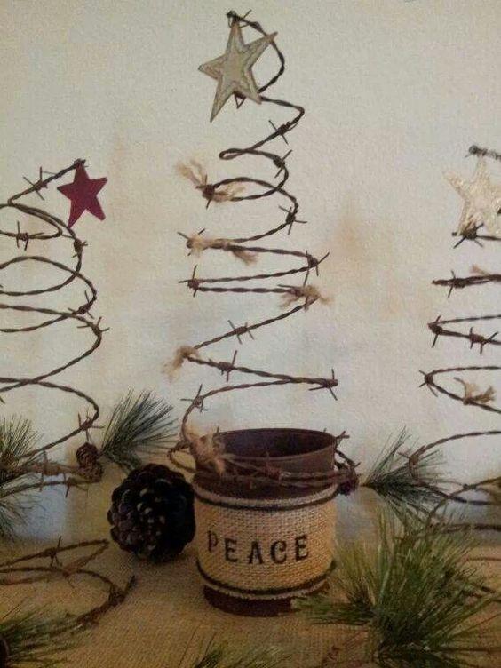 19 stunning rustic christmas decorating ideas christmas for Decorating tins for christmas