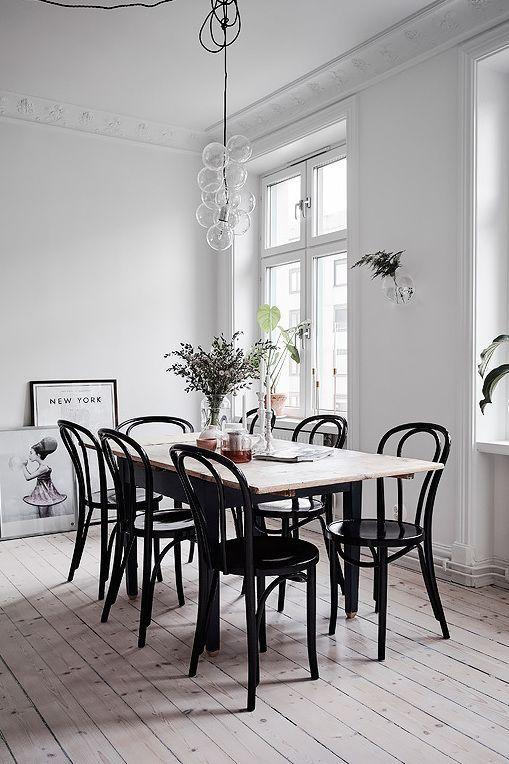 Schwarze holz esszimmer st hle m belideen for Holztisch mit marmorplatte