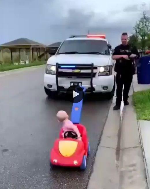 Urgente,garotinho foi pego em alta velocidade.