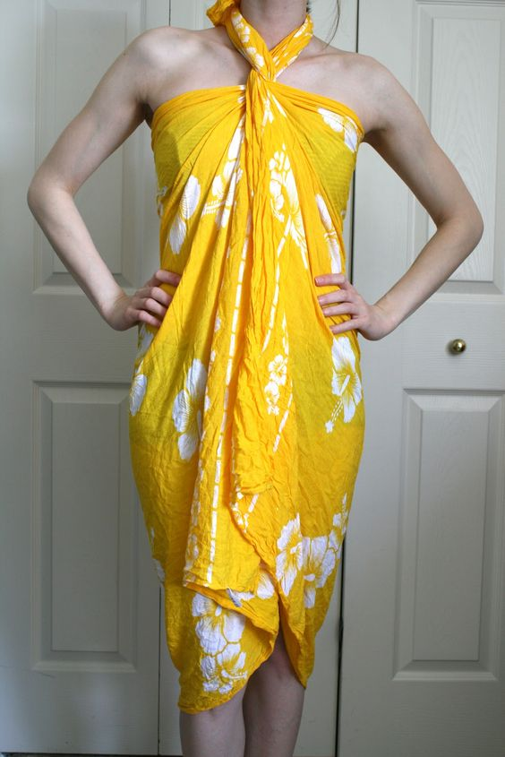No-sew Beach Cover + How to Use a Pareo/Sarong