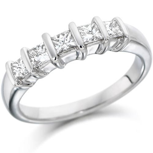 Beautiful Buy Online Engagement Diamond Rings for Ladies