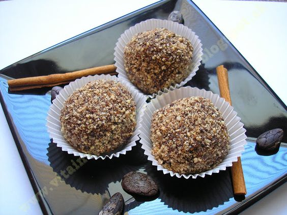 Vita inšpirácie pre každého: Slivkové kôpky s raw čokoládou a škoricou