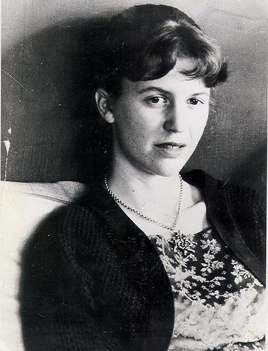 ♡♥Sylvia Plath - click on pic to see a full screen pic in a better looking black background♥♡