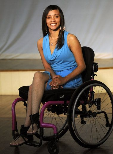 dating wheelchair woman Man woman step2 your date of particularly when you're confined to a wheelchair disabled dating can turn a challenging chore into an enlightening and happy.