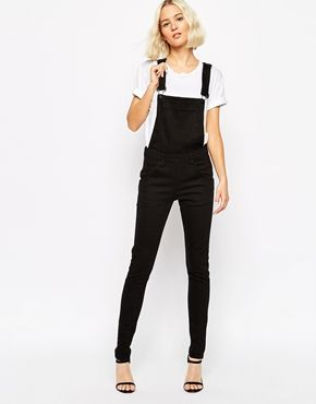 The perfect pair of black dungarees <3