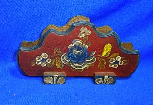 Vintage German Folk Art Tramp Art Handpainted Wood Napkin Holder # 9