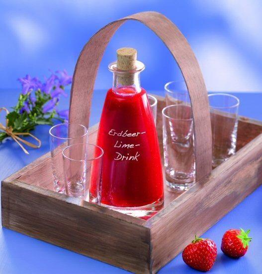 Erdbeer-Lime-Drink Rezept   Dr.Oetker