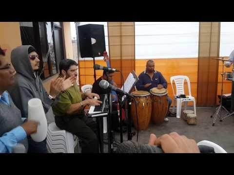 Alejate de Mi- Con Mr. Afinque All Stars (Ensayo) - YouTube