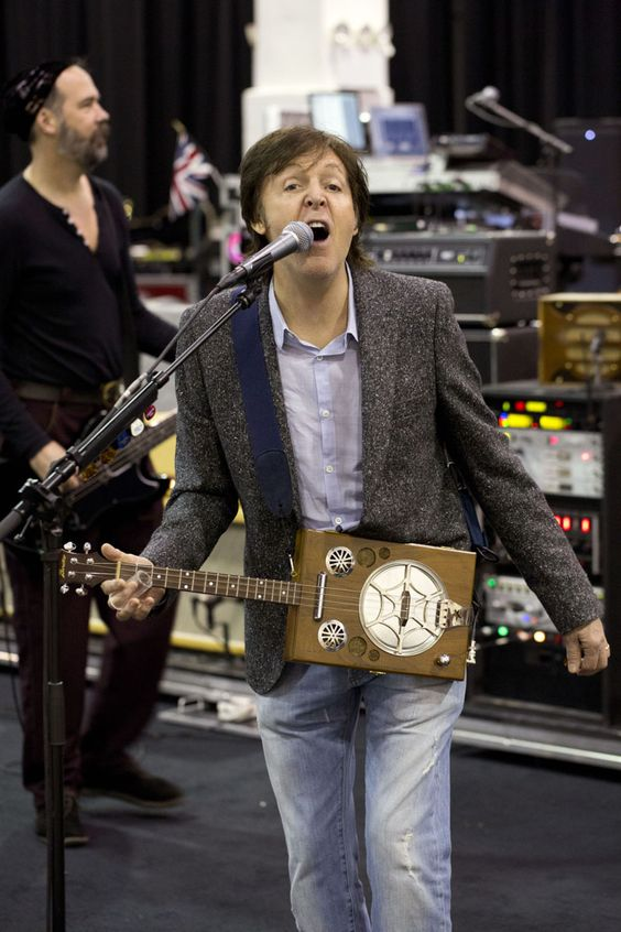 Paul mccartney guitar and madison square garden on pinterest - Paul mccartney madison square garden tickets ...