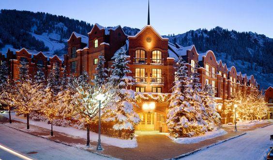 Aspen, Colorado - 27 Wonderful Winter Wonderland Holiday Destinations