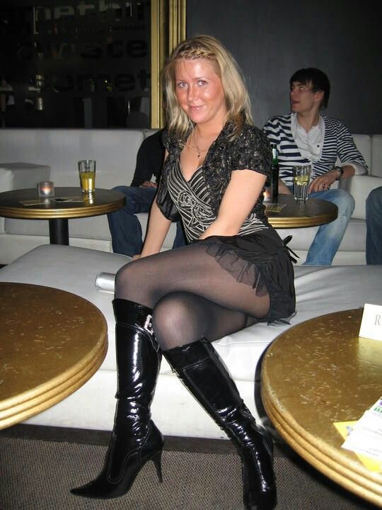 Milfs in boots and pantyhose
