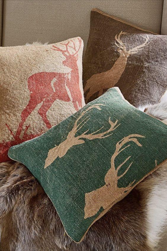 Kissenhülle mit naturnahen Tier-Prints in Scherenschnitt-Optik Rustikaler Landhaus-Stil