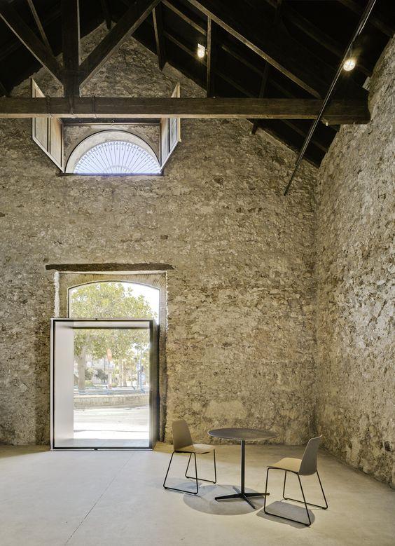 Bar Virgen del Carmen / Estudio Arn Arquitectos
