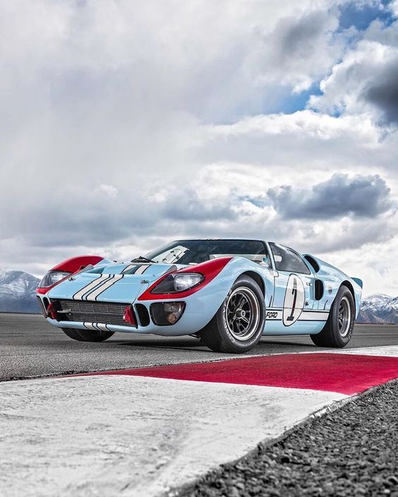 Ford Gt40 In 2020 Ford Gt40 Super Cars Ford Gt