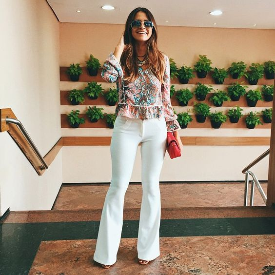 """3,217 Likes, 56 Comments - Victória Rocha (@viihrocha) on Instagram: """"Uma coisa que aprendi sobre calça flare: Ela te faz se sentir poderosa  Confia e se joga! A minha…"""""""