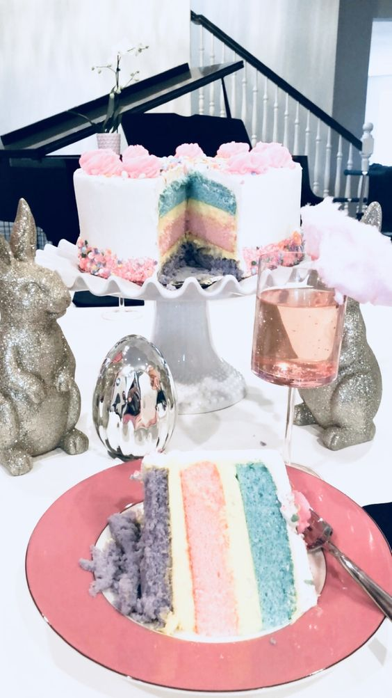 Gorgeous Easter tablescape