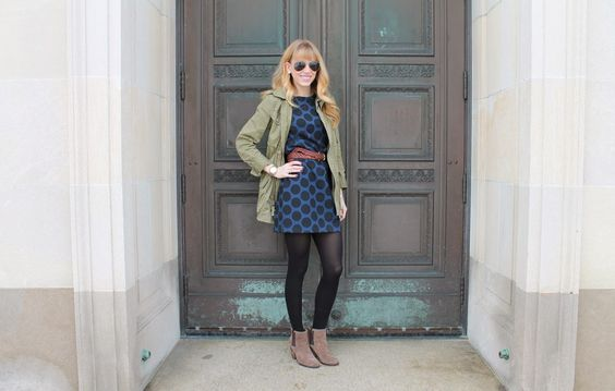 Mixing a shift dress and bf jacket on Confessions of the Glitterati #jcrew #gap #solesociety #rayban