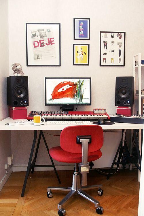 Awe Inspiring A Simple Neat Home Recording Studio Set Up Home Recording Inspirational Interior Design Netriciaus