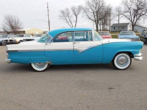1956 ford victoria 4 door hardtop i had the blue and