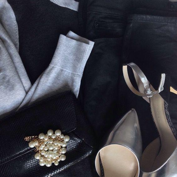 Instagram @headedoutthedoor #ootn || @oldnavy sweater | @gap waxed denim | @bananarepublic clutch and heels | @targetstyle necklace (worn as a bracelet)