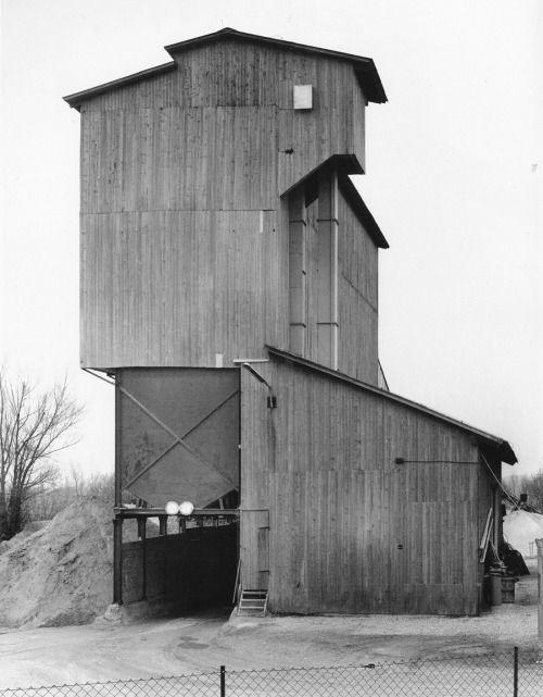 bernd and hilla becher - gravel plant, kirchham-bad füssing, deutschland, 1991