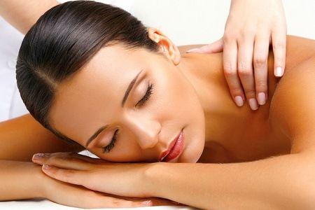 Até 12 sessões de massagem Sintonia do Corpo – Petrópolis: 4, 8 ou 12 sessões de massagem relaxante, terapêutica ou drenagem linfática