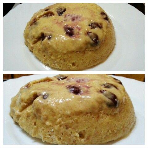 This is my #latenight #snack ... my #proteincake 3.0 with #vanilla #wheyprotein and #morellocherry ... a yummy combination ;) das ist Snack für heute Abend. Mein #proteinkuchen diesmal mit Vanille Whey Protein und #schattenmorellen ... eine leckere Kombination. Das genaue Rezept dazu morgen in meinem #blog #tacosfitnessblog #abnehmen #gesund #proteinreich #weightlossjourney