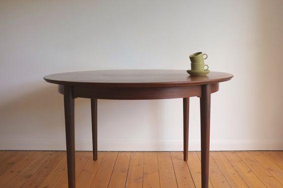 Model 204 rosewood dining table designed by Helge Sibast and Borge Rammeskov for Sibast, Denmark c1960