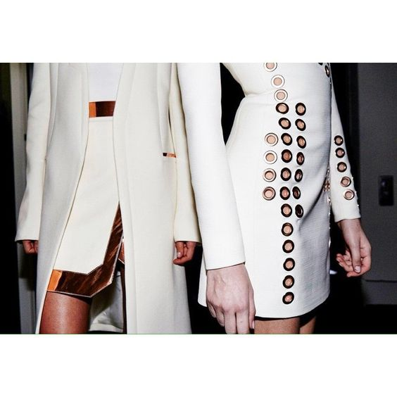 Copper details on white tailoring at #MuglerFW15 ✨ #Mugler Shot by @ulrichknoblauch_