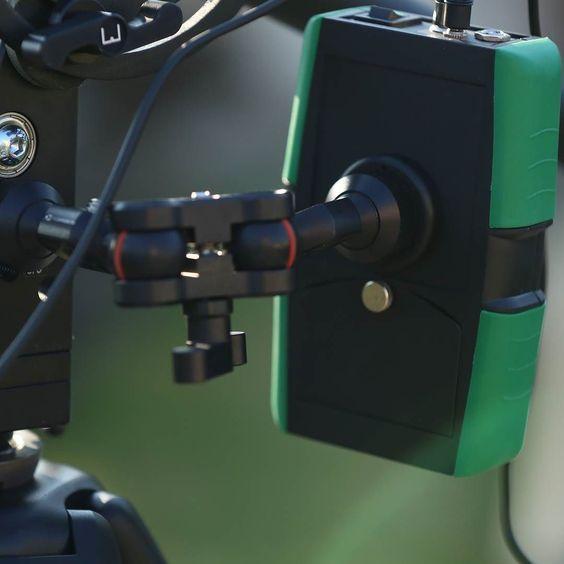 Slidekamera Magic Arm in action... шарнирное крепление SlideKamera Magic Arm в работе #slidekamera #filmmaking #videoproduction #cinematography #movie #слайдкамера #операторскоеоборудование #видеопродакшн #оператор