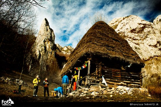 Romania. A pic by Francisco Taranto Jr. from #FotoVertical. #Climbing #Travels