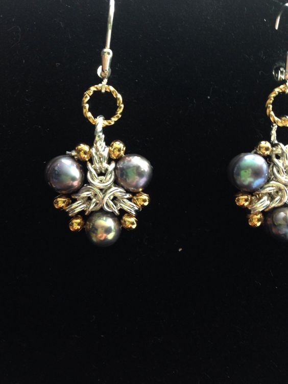 Shades of grey earrings- silver gold & peacock pearls meek up these earrings being donated to ACS.. As well as bracelet & matching necklace.. Plumlee chainmaille weave