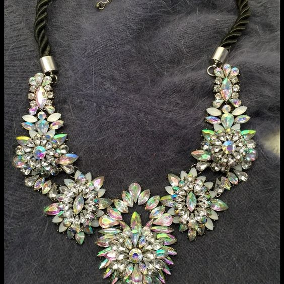 Crystal Statement Necklace Iridescent and crystal stones with a rope chain. Accessories