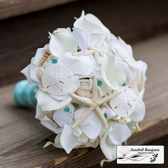 Seashell flower beach wedding bouquet with von SeashellBouquetsByIC