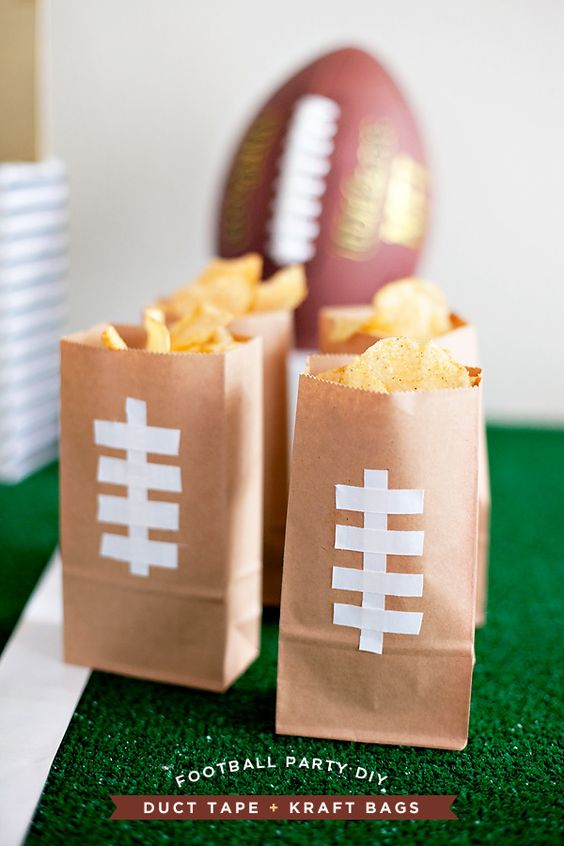 Cute & simple way to serve snacks at a football party: