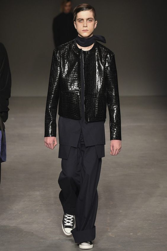 MAN Fall/Winter 2016/17 - London Collections: MEN - Male Fashion Trends
