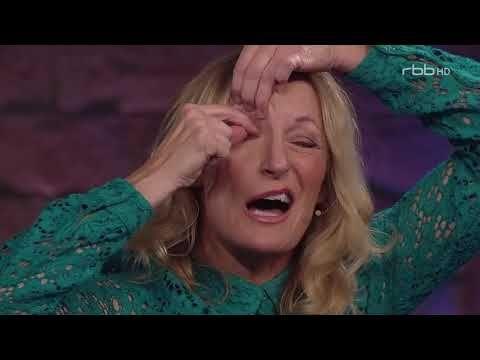 Nuhr Gefragt Pro Contra Impro Comedy Vom 11 12 2016 Youtube Gruber Monika Musikvideos Lustige Videos