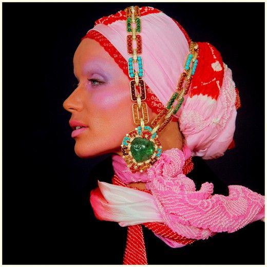 Το θρυλικό μανεκέν Veruschka για τη Vogue, 1969.