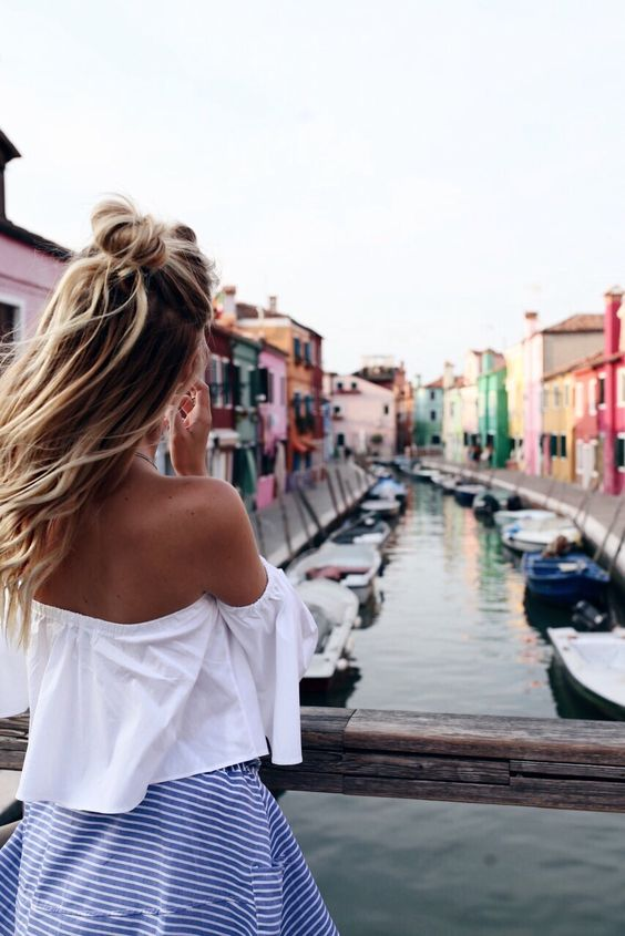 Leonie Hanne | Burano, Italy - I've been here and seen the glassworks