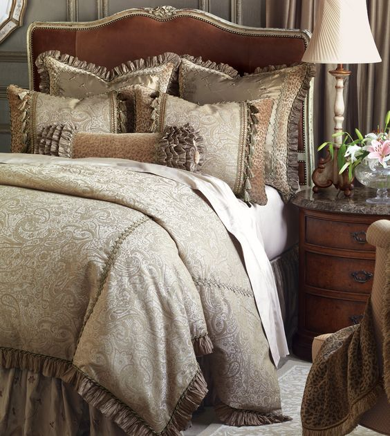 20 Romantic Bedroom Ideas In A Stylish Collection: Luxury Bedding Collections, Custom Bedding, Bed
